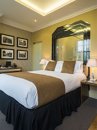 Monaco Room